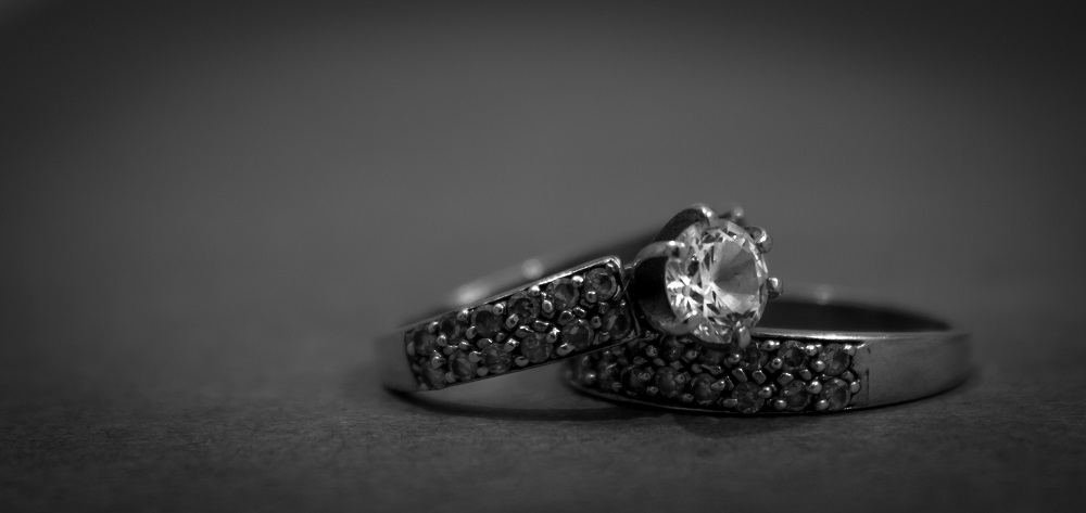 Buying <b>Your First Solitaire</b>: How To Choose A Diamond